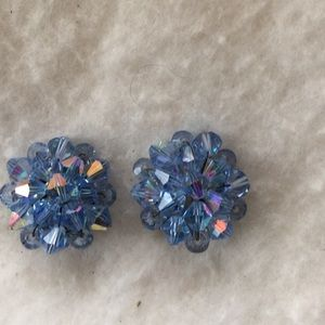 Vintage crystal/glass clip on earrings blue